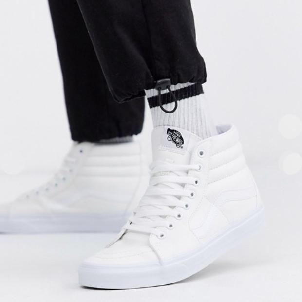Vans ヴァンズ バンズVans Sk8-Hiトレーナーホワイト メンズ 靴 20代 30代 40代 ファッション コーディネート アウトフィット アウトドアー オシャレ 大人 カジュアル 小さいサイズあり
