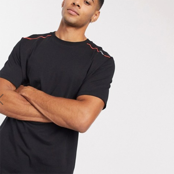 HUGO Dyrtid コントラスト テープ ロゴ Tシャツ(ブラック)コーディネート 20代 30代 40代 ファッション コーディネート