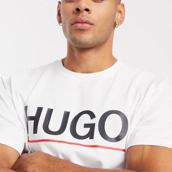 HUGO Dolivo Tシャツ(ホワイト)コーディネート 20代 30代 40代 ファッション コーディネート