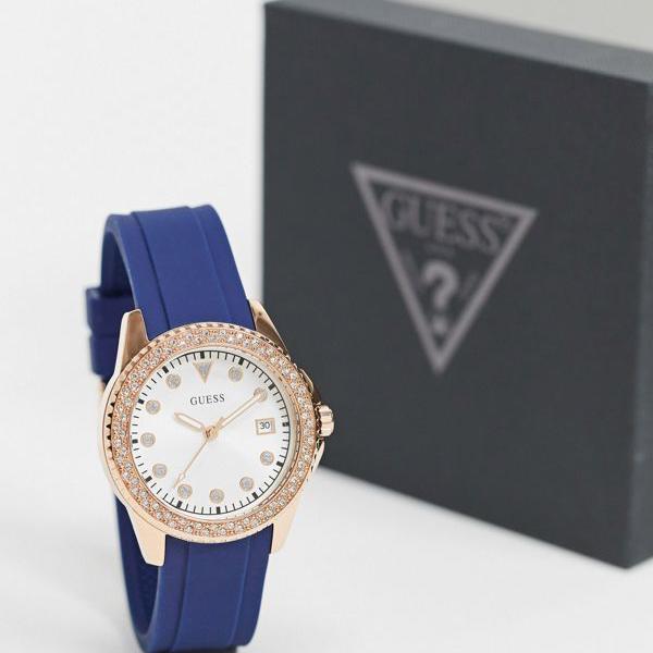 当店限定販売 京都のセレクトショップdivacloset ゲス Guess 青いストラップ付きの時計を推測します レディース インポートブランド 女性 新着