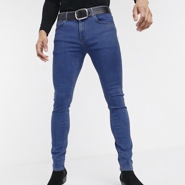 ASOSセレクト Heart & Dagger エイソス asos メンズ スーパースキニージーンズ スキニーデニム ストレッチデニム スーパースキニーフィット ジーンズ デニム ミッドウォッシュブルー 大きいサイズ インポート 20代 30代 40代 ファッション コーディネート 小さいサイズあり