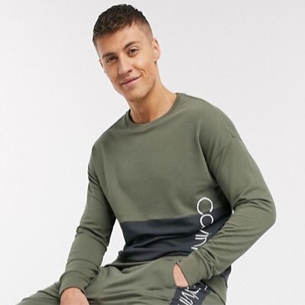 Calvin Klein ピース ラウンジ スウェット シャツ カーキ 小さいサイズから大きいサイズあり 30代 40代 20代 高身長 春夏秋冬