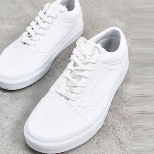 Vans Old Skoolトレーナー ホワイト フェイクレザー 靴 メンズ 男性 小さいサイズから大きいサイズまで 20代 30代 40代 ファッション コーディネート