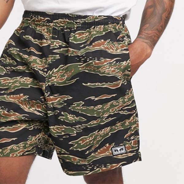 イージー リラックス タイガー カモ ショーツ メンズ 男性 小さいサイズから大きいサイズまで 20代 30代 40代 ファッション コーディネート