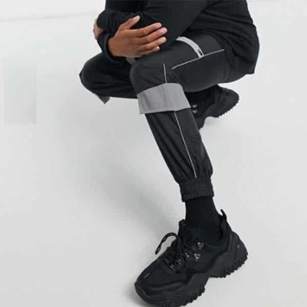 Sixth June 反射ディテール ブラック カーゴ ジョガー  パンツ ボトム メンズ 男性 20代 30代 40代 ファッション コーディネート