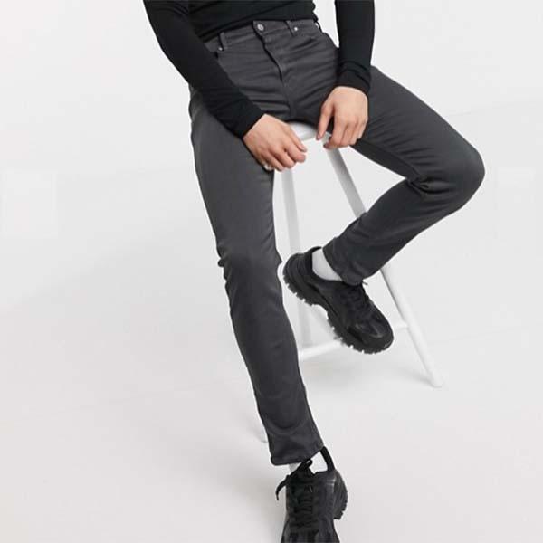 黒板 ジョンドリル ハイパー フレックス スキニージーンズ リプレイ 20代 30代 40代 ファッション コーディネート 小さいサイズから大きいサイズまでオシャレ トレンド インポート トレンド