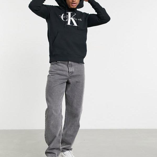 京都のセレクトショップdivacloset カルバンクラインジーンズ Calvin 安い 激安 プチプラ 高品質 Klein Jeans JeansASOS限定のアイコニックなモノグラムパーカー トップス 小さいサイズから大きいサイズまで インポートブランド メンズ 数量限定 ブラック 男性
