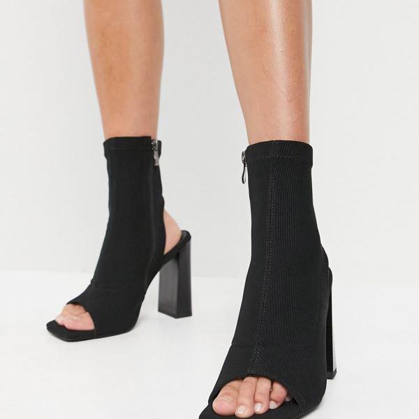 京都のセレクトショップdivacloset シミ SIMMI 超特価SALE開催 Simmi London LondonAvisのピープトウブーツ 百貨店 レディース インポートブランド 靴 小さいサイズから大きいサイズまで 女性 ブラック