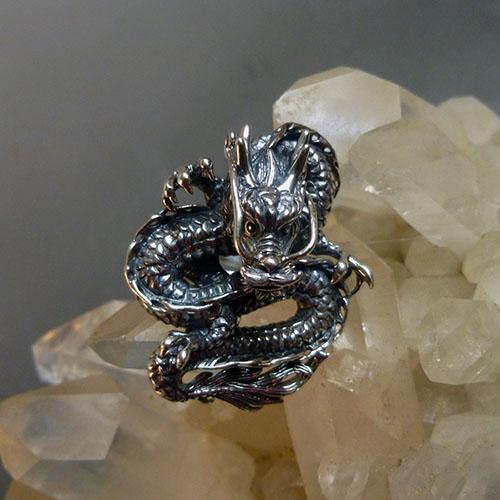 ドラゴンリング スターリングシルバー指環 ユニセックス 龍の指輪15号(サイズ調節可能)