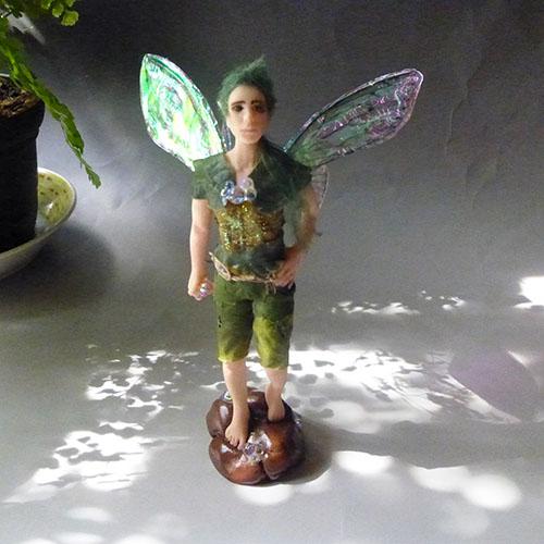 世界にたった一人のフェアリー、男の子フェアリー、少年の妖精人形、ファンタジーフィギア