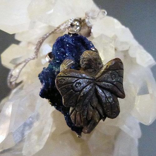 アズライト原石フェアリーペンダント♪K.Angel's世界に一点の身に着けられる妖精アートジュエリー