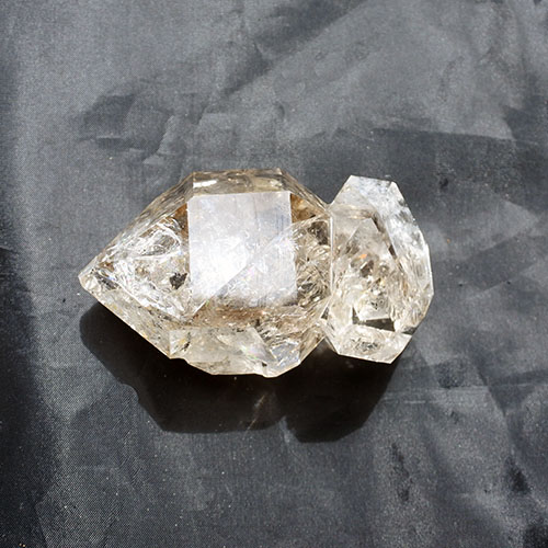 ハーキマーダイヤモンドツイン水晶原石クォーツクリスタル レインボーいっぱい