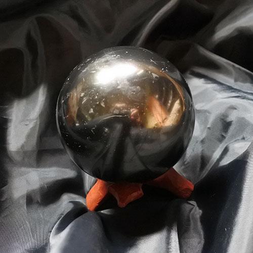 スフィア 647グラム 台付 シュンガイト球 径82ミリ