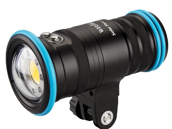 Fisheye(フィッシュアイ)WEEFINE WF Solar Flare 5000 水中ライト 超コンパクトサイズのプロ仕様ダイブライト