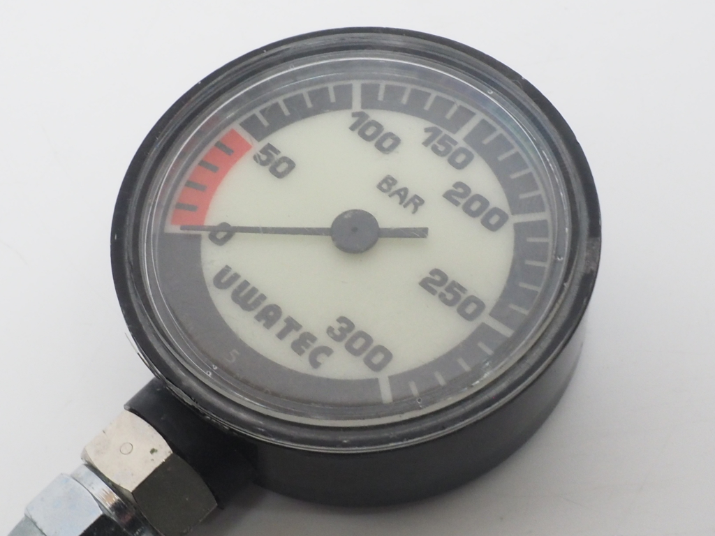 USED UWATEC ウワテック シングルゲージ (残圧計) ランクA [40310]