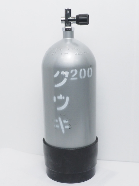 USED 10L スチールタンク ボンベ 200気圧 2020年4月耐圧検査済 [41140]