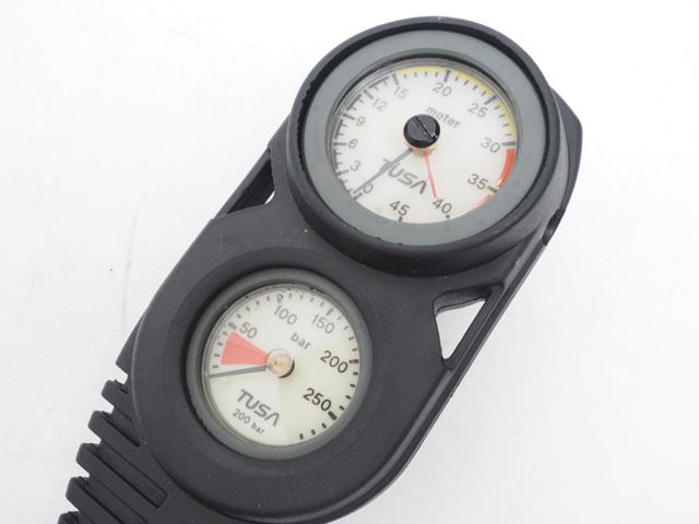 USED TUSA ツサ SCA-690 3ゲージ (残圧計+コンパス) ブラック ランクA [41031]
