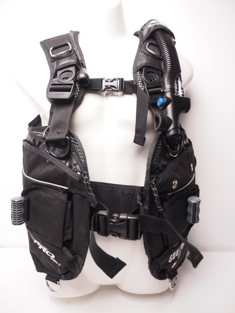 USED AQUALUNG sea Quest PRO QD+ BCジャケット Mサイズ OH済 ランクA [RYW31322]
