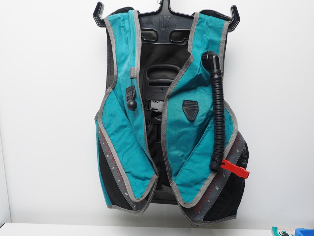 USED SCUBAPRO FINSEAL フィンシール BCジャケット サイズ:M(L) [W34910]