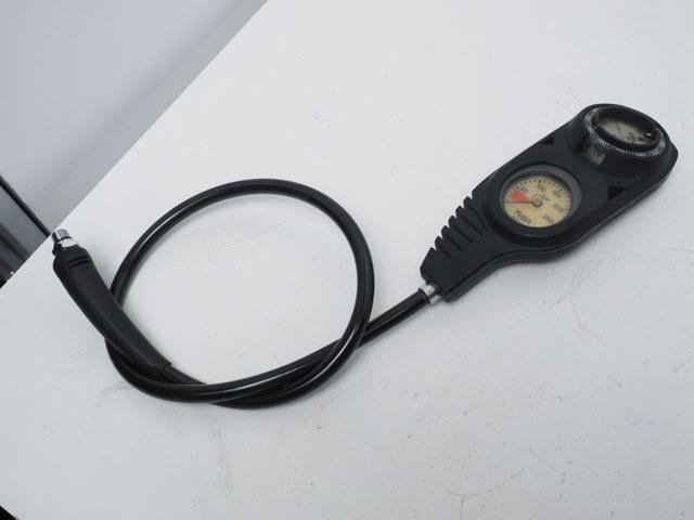 USED TUSA ツサ SCA-210 2ゲージ (残圧計+コンパス) [37593]