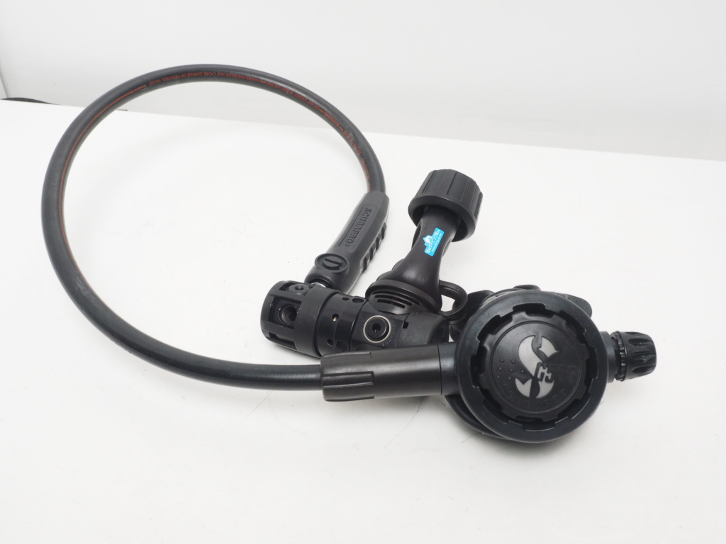 USED SCUBAPRO スキューバプロ U.L.MK20/G500 ウルトラライト 超軽量アルミ合金レギュレター OH済 ランクA [36033]
