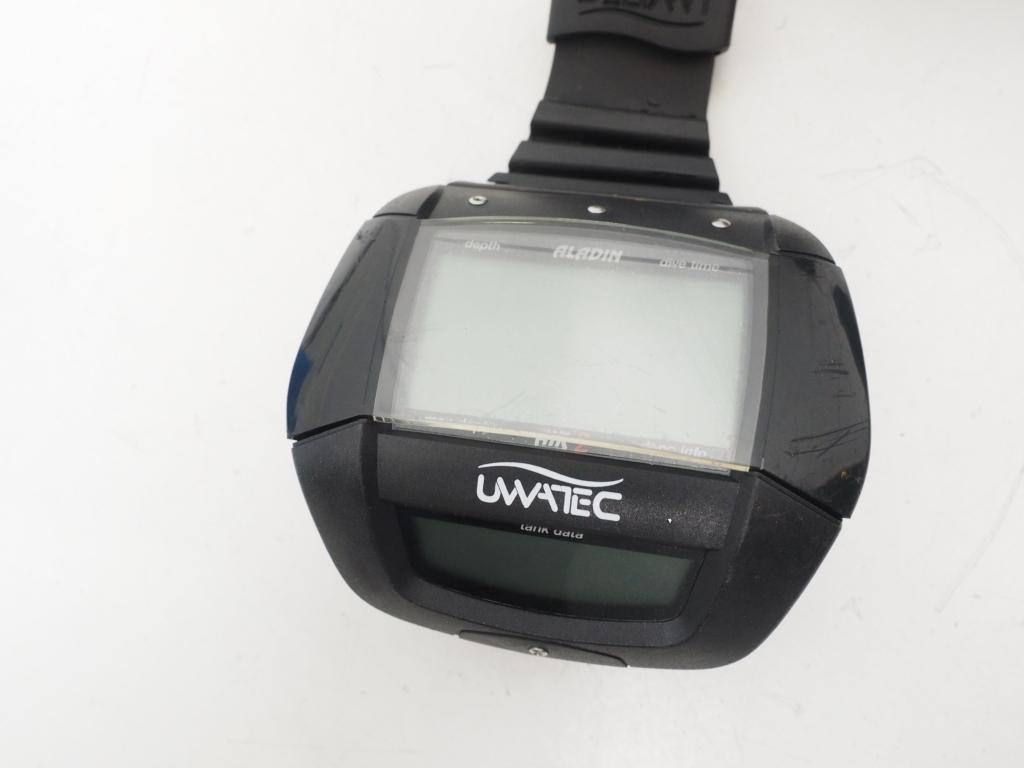 USED UWATEC ウワテック ALADIN AIR-Z アラジン エアZ トランスミッター付 バッテリー切れ [36100]