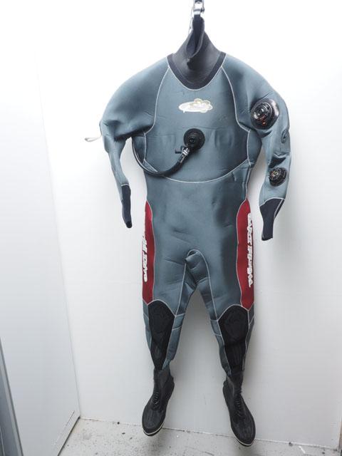 USED WorldDive ワールドダイブ ドライスーツ レディース 157cm/52kg/24cm ランクA [37138R]