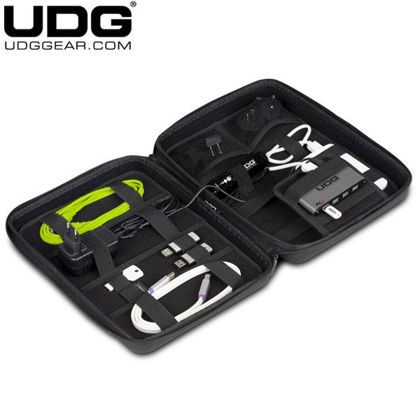 UDG Creator DIGI Hardcase Large (With 7-Port USB HUB and Power Adapter)/ U8419BL