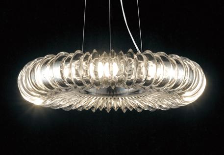 照明 おしゃれ ライトオーデリック ODELIC 【調光調色シャンデリアOC257036BC1 電球色~昼光色鋼(クロームメッキ) アクリル(透明)簡易取付A Bluetooth対応 ~6畳】 ソリッドなクリアパーツの重なりが生み出す、奥深い輝き