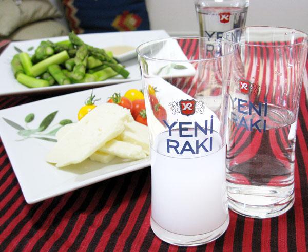 YENI RAKI(イエニラク )700ml