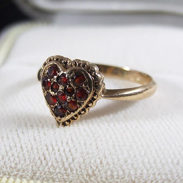 アンティーク リング 指輪 ガーネット 9K イギリス ジュエリー アクセサリー 贈り物 母の日 ギフト プレゼント 誕生石 ハート 誕生日 1月 ホワイトデー パワーストーン