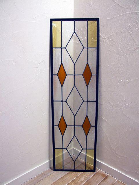 ステンドグラス 建具 ガラス 窓 採光 明かりとり 教会 チャペル
