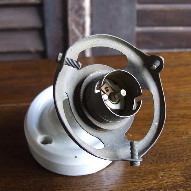 照明 取り付け 器具 ランプ 壁用 イギリス アンティーク 電気 明かり 陶器 陶製
