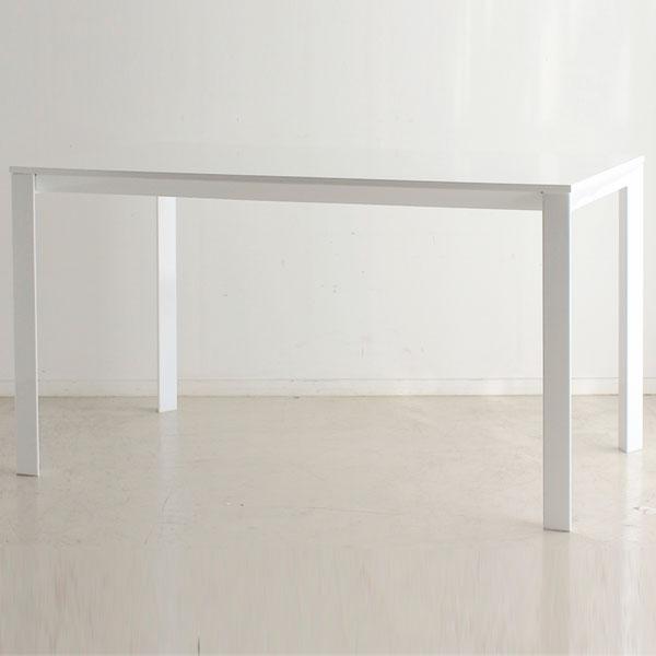 【送料無料】130 ダイニングテーブル 鏡面仕上げ ホワイト シンプルでシャープなデザイン★ 高級感もあります! イメージに合わせてカラフルなチェアやシックなチェアなど、組み合わせ自在♪
