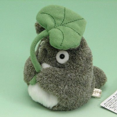 My Neighbor Totoro bean bag size Totoro (leaf carrier) [Japanese style] [studio ghibli-gift] [Ghibli-goods] light