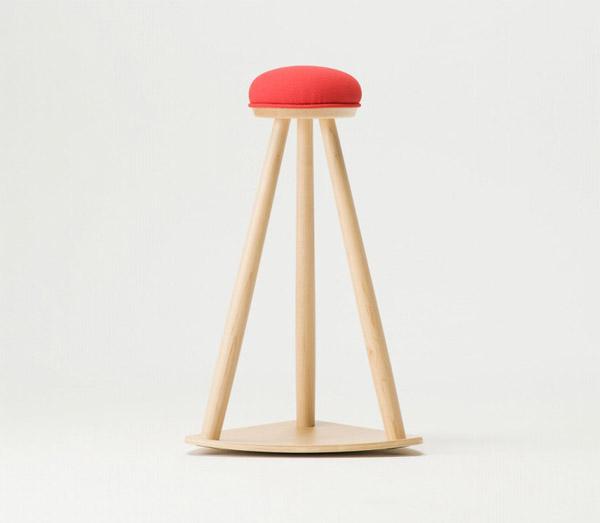 コサインcosine赤い帽子のキッチンスツールメープル材ウレタン塗装ST-10CM[心地よいロッキングゆらゆら木製スツール軽いスツールおしゃれかわいい]【P10】[沖縄配送不可]