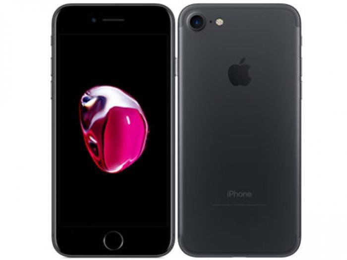 【中古】【白ロム】【au】iPhone7 32GBブラック MNCE2 Ver12.3.2【Bランク】【〇判定】【送料無料】