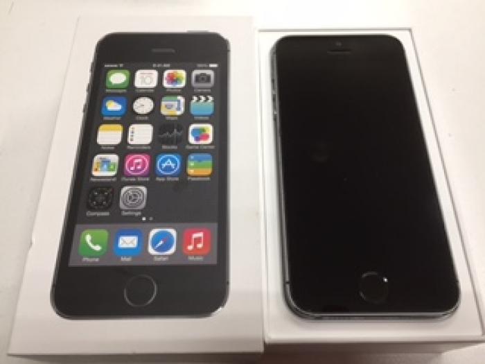 【中古】【白ロム】【au】iPhone5S 64GB 【Cランク】【〇判定】【送料無料】