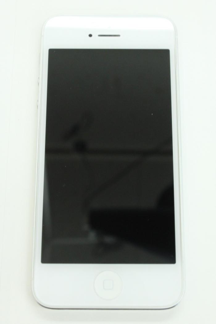【中古】【白ロム】【au】iPhone5 16GB[ホワイト&シルバー]【△判定】