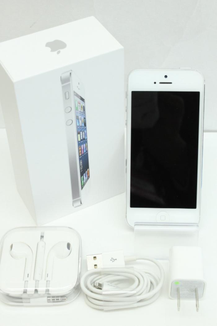 【中古】【白ロム】【au】iPhone5 16GB[ホワイト&シルバー]【○判定】