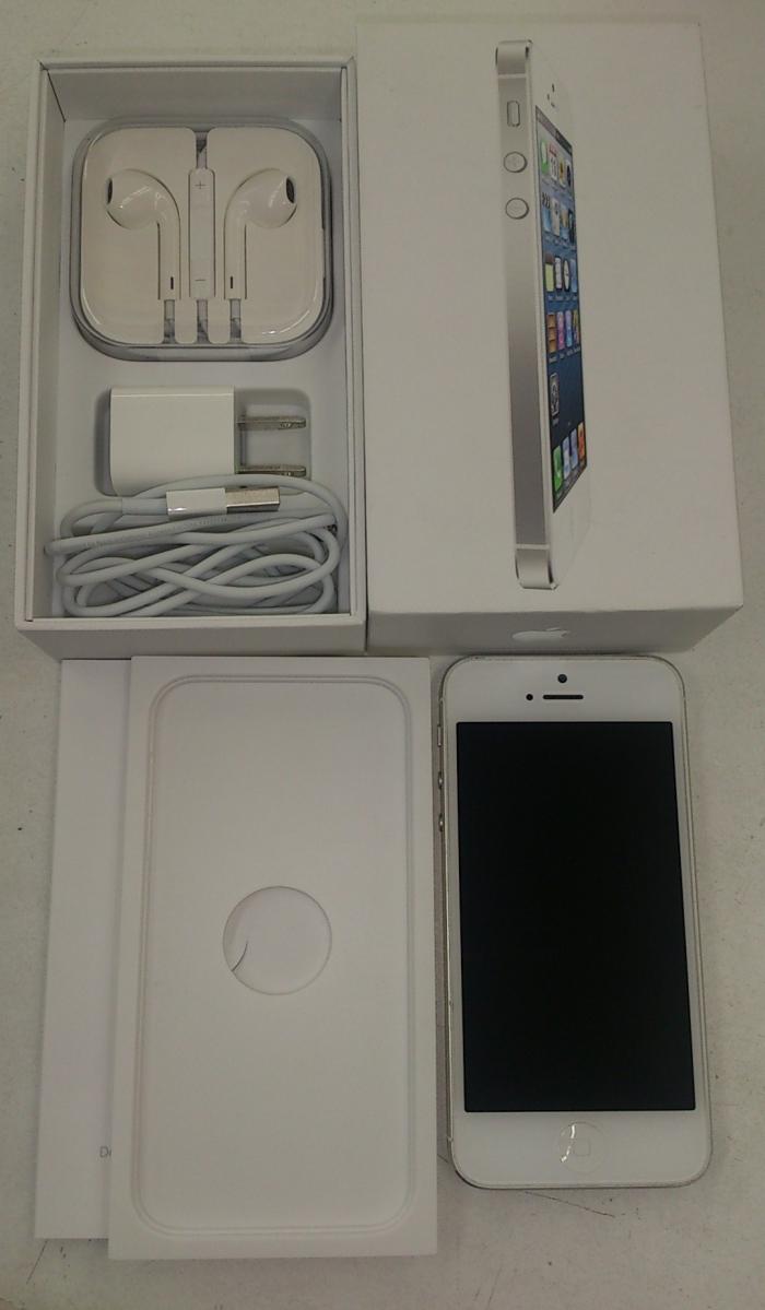 【中古】【白ロム】【SoftBank】iPhone5 64GB[ホワイト&シルバー]【○判定】