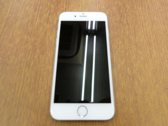 【中古】【白ロム】【docomo】iPhone6 16GB シルバー【ABランク】【〇判定】