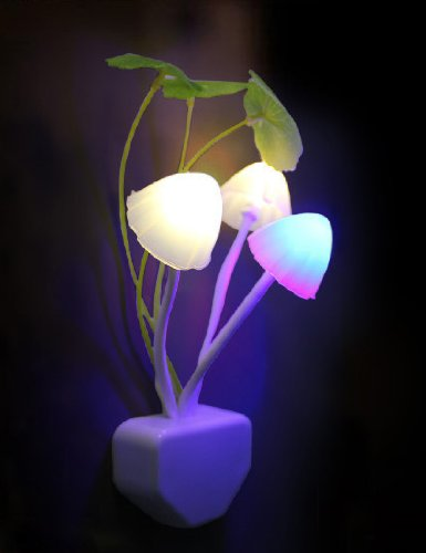 【新品】 小夜灯 センサーナイトライト 予備灯 足元灯 七彩小夜灯 Small night light フットライト led感応小夜灯 光コントロール キノコ型 経済的 LED