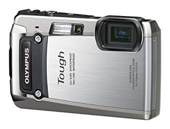 【中古】OLYMPUS デジタルカメラ TG-820 シルバー 10m防水 2m耐落下衝撃 -10℃耐低温 耐荷重100kg 1200万画素 裏面照射型CMOS 光学5倍ズーム DUAL IS ハ