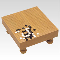 クラウン 碁盤 (足付) 材質:桂製