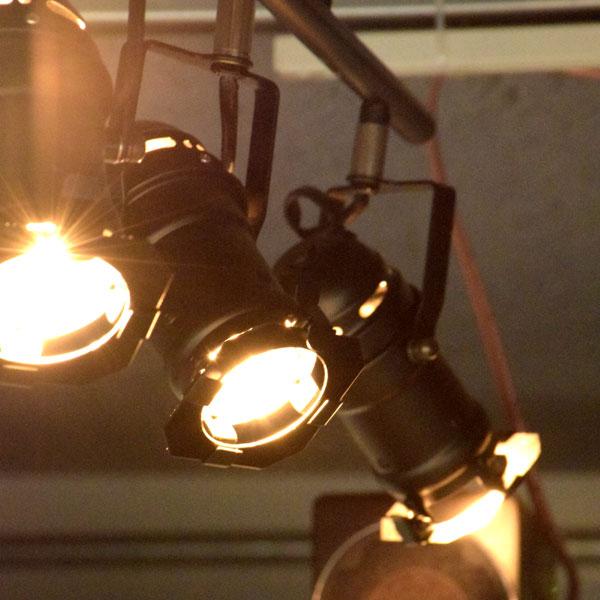 シーリングスポットライト STUDIO4 ブラック/シルバー SL-001 インダストリアル ブルックリン 西海岸 カリフォルニア スタジオ リモコン付 おしゃれ スポットライ 4灯ト リビング用 居間用 ダイニング用 食卓用 一人暮らし 照明