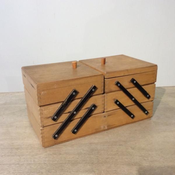 ヴィンテージ ソーイングボックスVintage Sewing Box(2807-012-e)【ダブルデイ/DOUBLEDAY/アンティーク/ビンテージ/雑貨】