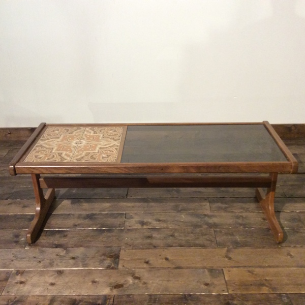ジープラン タイル&ガラストップ コーヒーテーブル G-Plan Tile & Glasstop Coffee Table(2606-024)【ダブルデイ/DOUBLEDAY/アンティーク/ビンテージ/家具/雑貨】