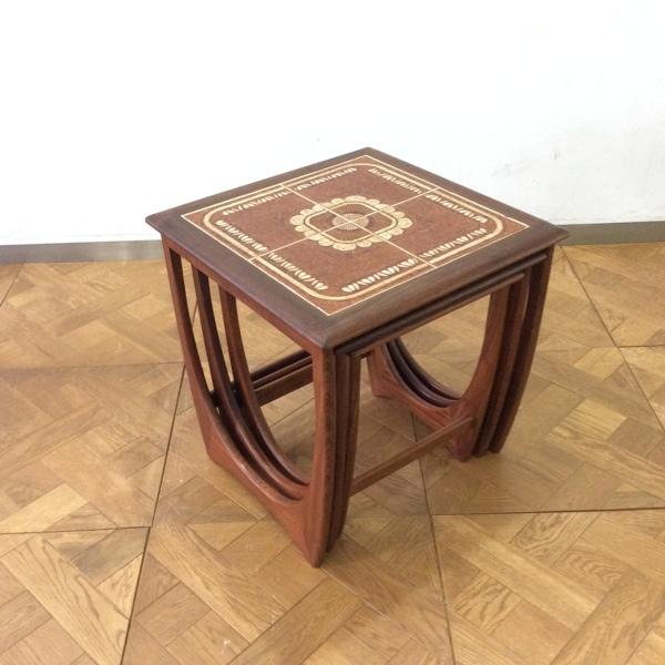 チーク タイルトップ ネスト オブ テーブルTeak Tile-Top Nest of Table(2807-025) (チーク/北欧スタイル/ミッドセンチュリー/ビンテージ/英国)【ダブルデイ/アンティーク/家具】