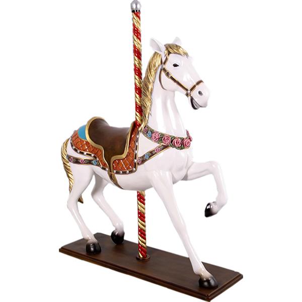 白い 回転木馬(等身大フィギュア)